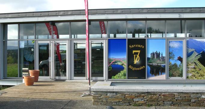 Photo actualité : Aire autoroutière de Garabit : la Maison du Cantal rouvre ses portes