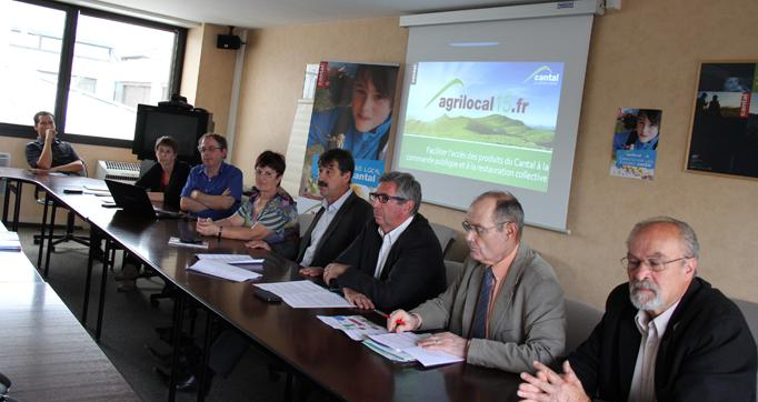 Photo actualité : Lancement de la plate-forme Internet Agrilocal15