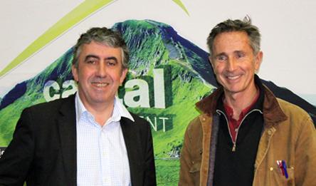 Thierry Lhermitte, ambassadeur de la randonnée dans le Cantal.